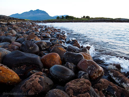 Picture of rocks at low tide in Northern Norway